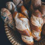 mélange de pains baguettes avec céréales notamment